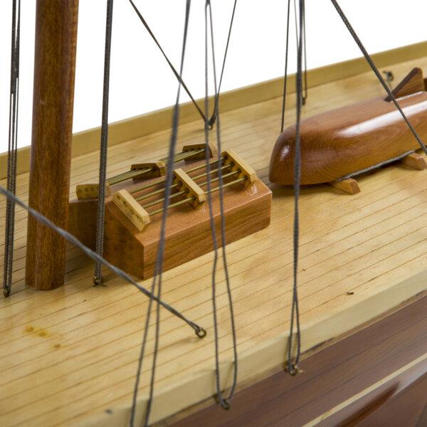 Model Shamrock Yacht Wood by Authentic Models